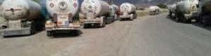مصير مجهول لـ 31 قاطرة غاز منزلي تخرج أسبوعيا من مأرب إلى عدن
