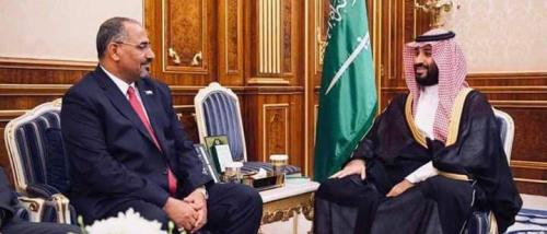 كاتب صحفي: السعودية فشلت في تطويع الانتقالي واقناعه بالتخلي عن فك الارتباط
