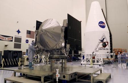 """مهندسون إماراتيون يشهدون إطلاق مركبة """"أوزيريس – ريكس"""" في ناسا"""